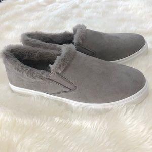 Shoes - Trendy grey slip ons (7)